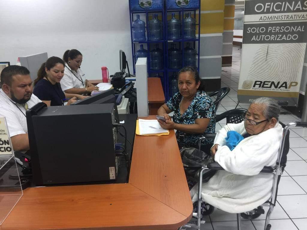 DPI para personas mayores de 70 años