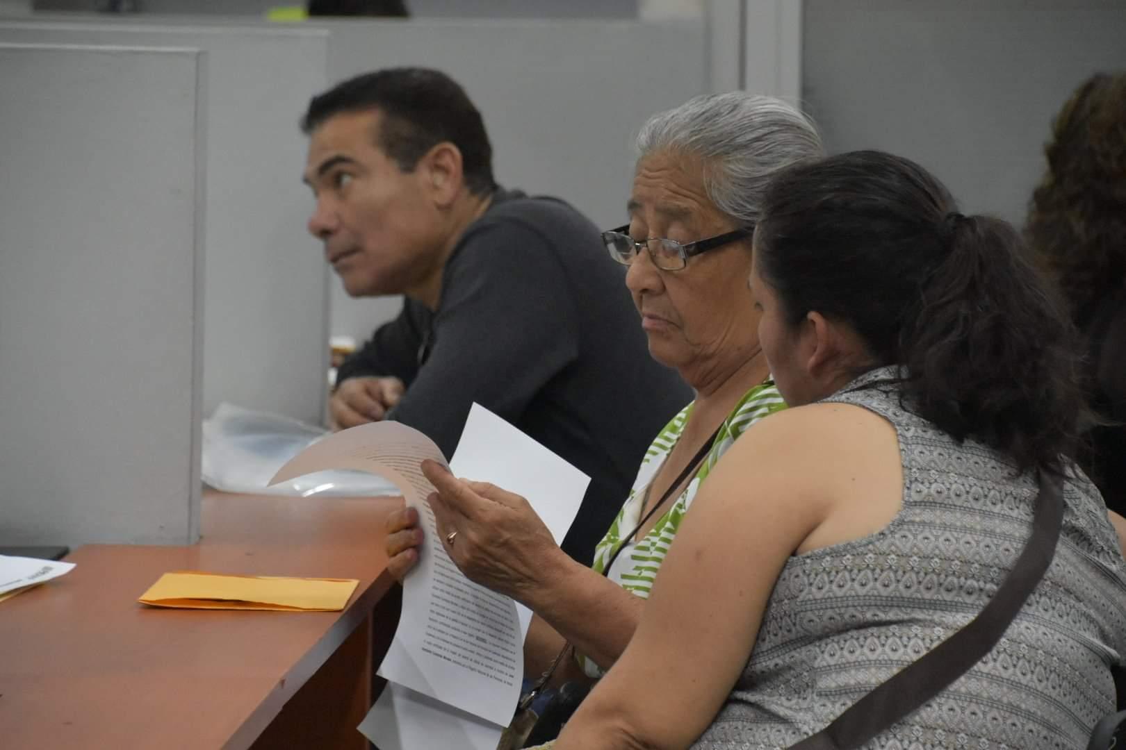Mayores de 70 años tramitan DPI sin vencimiento
